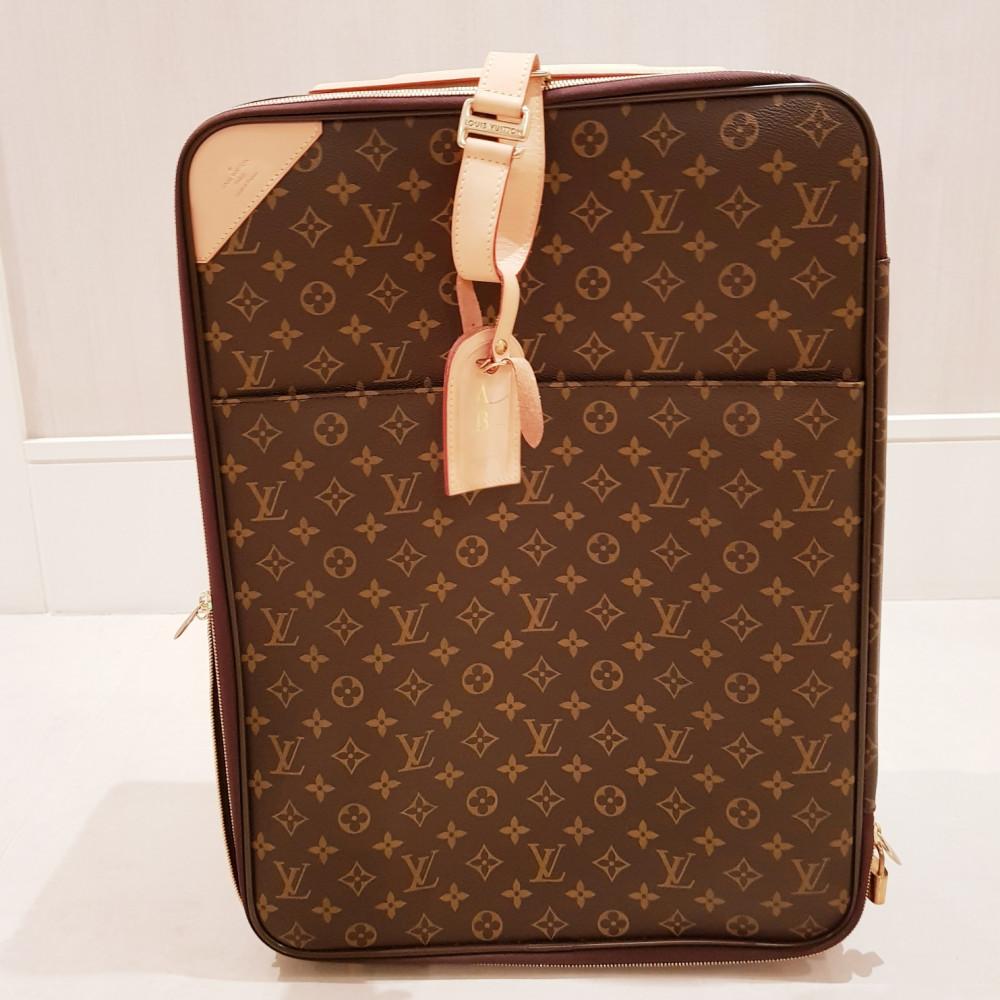 4468b37fb18 Mala Louis Vuitton